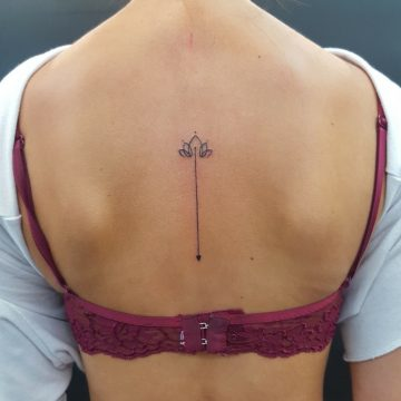 arrow-georgina-back-tattoo