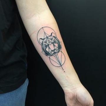 Tattoo artist in Perth