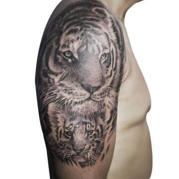Erick primitive tattoo best tattoo shop studio in perth realism portrait script watercolour www.primitivetattoo.com.au415