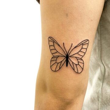 Montaine Primitive tattoo best handpoke small tattoo specialists outlines script www.primitivetattoo.com.au202