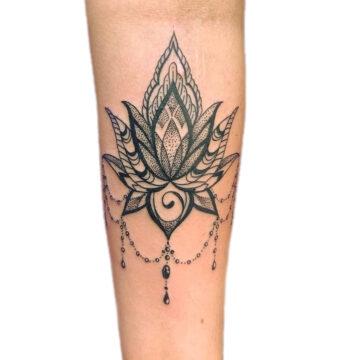 Petra Mandala Geometry geometric tattoo floral sternum hand femals tattoo primitive tattoo tribal best tattoo shop studio in perth script www.primitivetattoo.com.au11