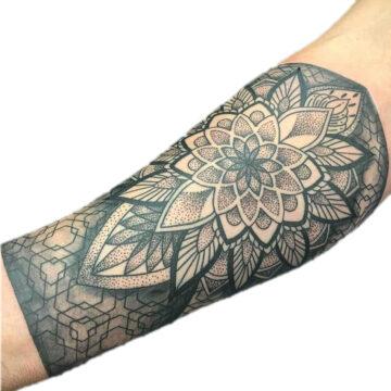 Petra Mandala Geometry geometric tattoo floral sternum hand femals tattoo primitive tattoo tribal best tattoo shop studio in perth script www.primitivetattoo.com.au14