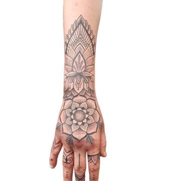 Petra Mandala Geometry geometric tattoo floral sternum hand femals tattoo primitive tattoo tribal best tattoo shop studio in perth script www.primitivetattoo.com.au18